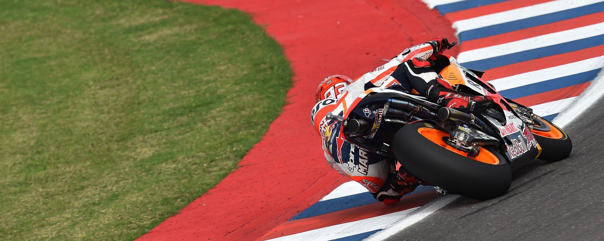 GP delle Americhe: Marc Marquez in Pole davanti alle Yamaha di Lorenzo e Rossi
