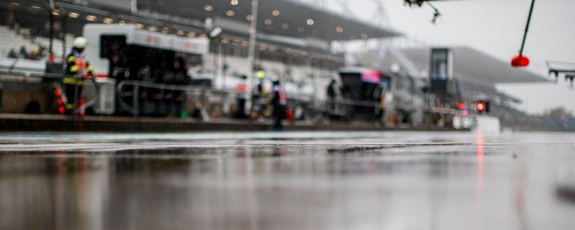 GP Eifel 2020, Nurburgring: il venerdì di libere si chiude con pioggia e nebbia