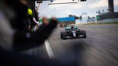 F1 GP Eifel 2020, Gara: Hamilton vince ed è leggenda