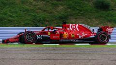 GP Giappone 2018, FP3 Suzuka, Sebastian Vettel in azione con la sua Ferrari