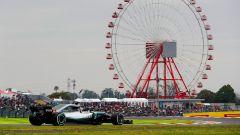 GP Giappone 2018, Lewis Hamilton impegnato in pista con la sua Mercedes