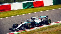 GP Giappone 2018, Lewis Hamilton in azione con la sua Mercedes