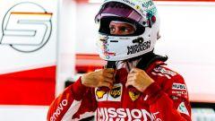 GP Giappone 2018, qualifiche Suzuka, Sebastian Vettel nel box Ferrari