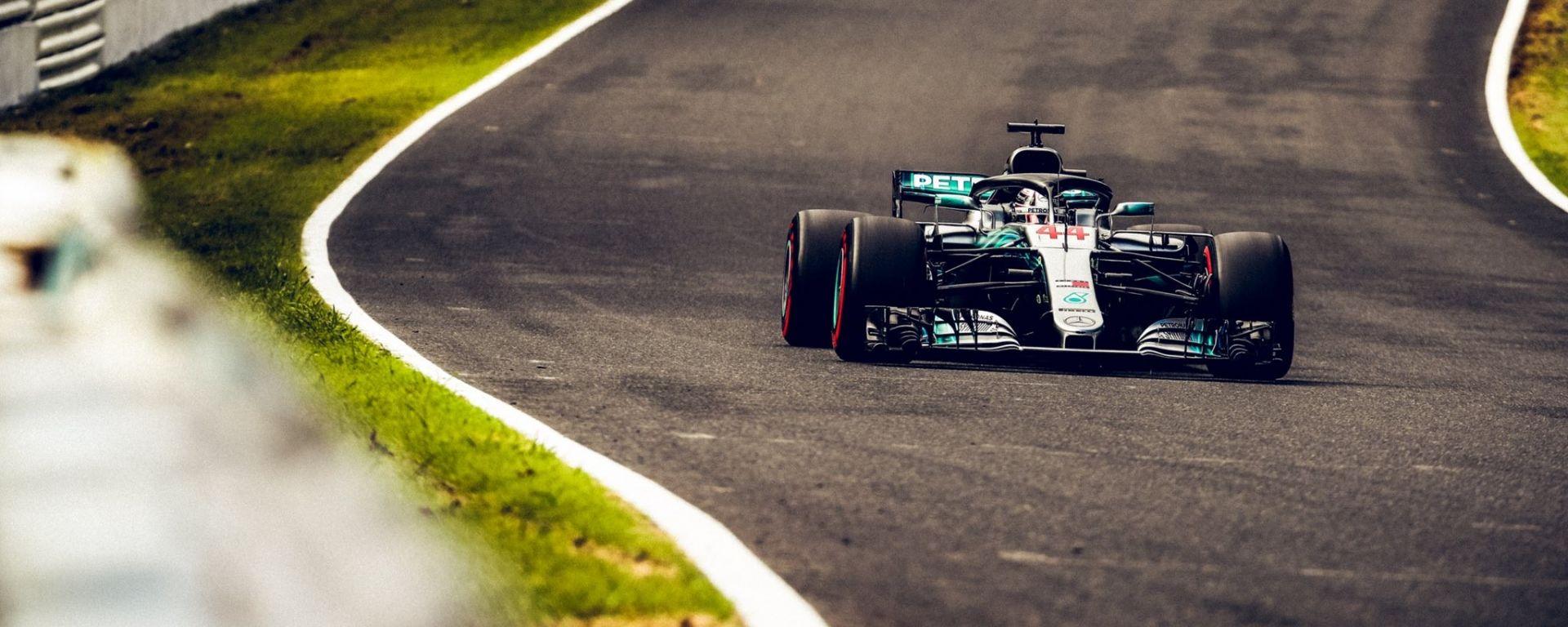 GP Giappone 2018, Suzuka, Lewis Hamilton in azione con la sua Mercedes