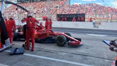 GP Giappone 2018, Suzuka, Sebastian Vettel al pitstop con la sua Ferrari