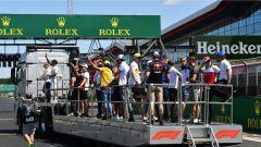 GP Gran Bretagna 2018, i piloti impegnati nella driver parade