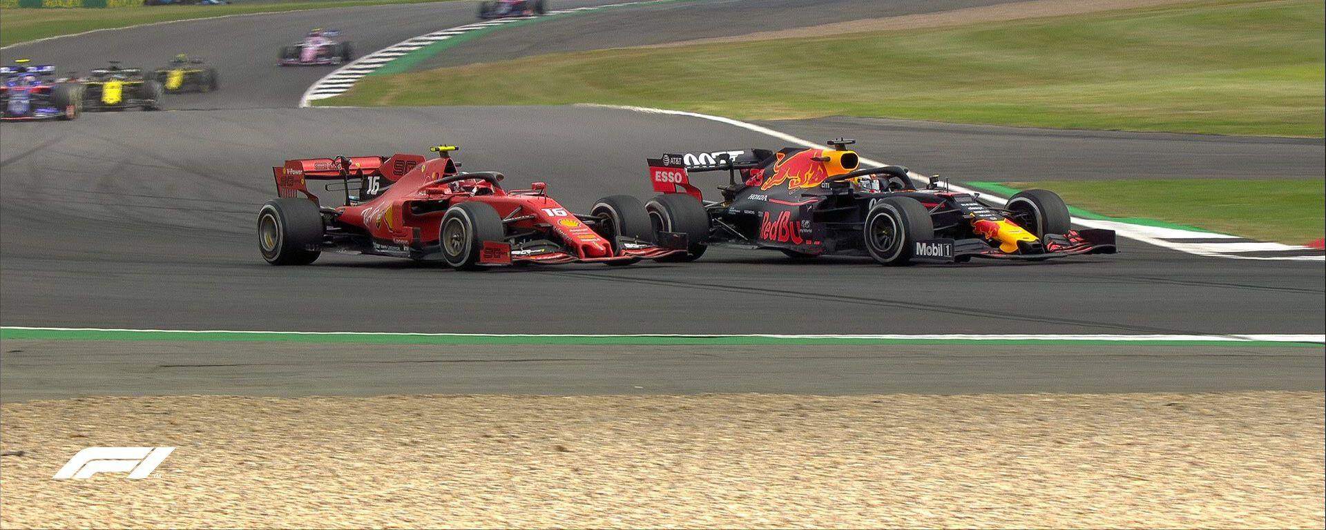 GP Gran Bretagna 2019, Charles Leclerc (Ferrari) in bagarre con Max Verstappen (Red Bull)