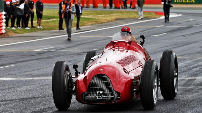 GP Gran Bretagna 2019, Silverstone: Kimi Raikkonen prova la Alfa Romeo di Nino Farina