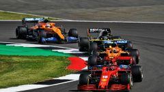 GP Gran Bretagna 2020, Silverstone: Charles Leclerc (Ferrari) davanti a Sainz, Ricciardo e Norris