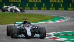 GP Italia 2018, qualifiche Monza, Lewis Hamilton in azione con la sua Mercedes