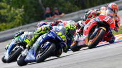 GP Rep. Ceca 2018, Rossi e Marquez protagonisti della bagarre a Brno