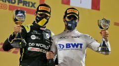 GP Sakhir 2020, Lance Stroll (Racing Point) ed Esteban Ocon (Renault) sul podio