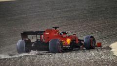 GP Sakhir 2020, Vettel nella ghaia durante le prove libere