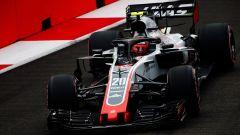 GP Singapore 2018, FP3, Kevin Magnussen in azione con la sua Haas