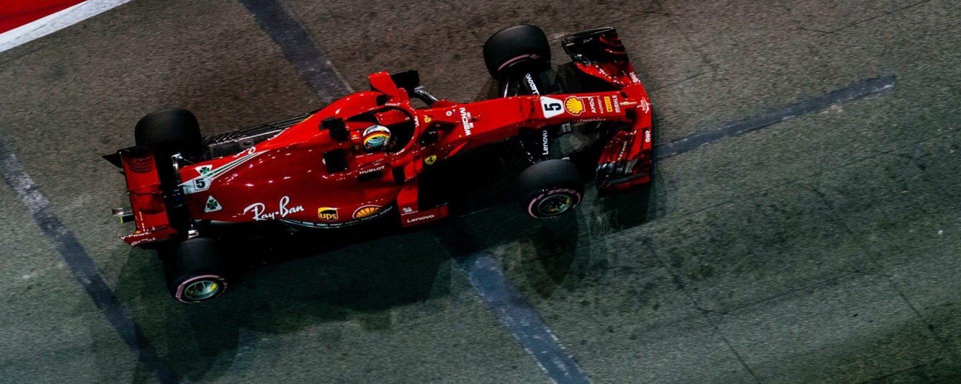GP Singapore 2018, FP3, Sebastian Vettel in azione con la sua Ferrari
