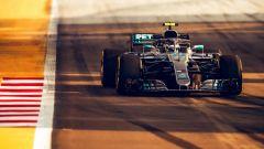 GP Singapore 2018, FP3, Valtteri Bottas in azione con la sua Mercedes