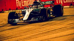 GP Singapore 2018, Hamilton in azione con la sua Mercedes