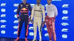 GP Singapore 2018, qualifiche: il poleman Lewis Hamilton tra Max Verstappen e Sebastian Vettel