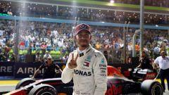 GP Singapore 2018, qualifiche: Lewis Hamilton dopo la sensazionale pole di Marina Bay