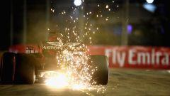 GP Singapore 2018, qualifiche: Max Verstappen in azione con la sua Red Bull