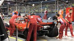 GP Singapore 2018, Raikkonen ai box con la sua Ferrari