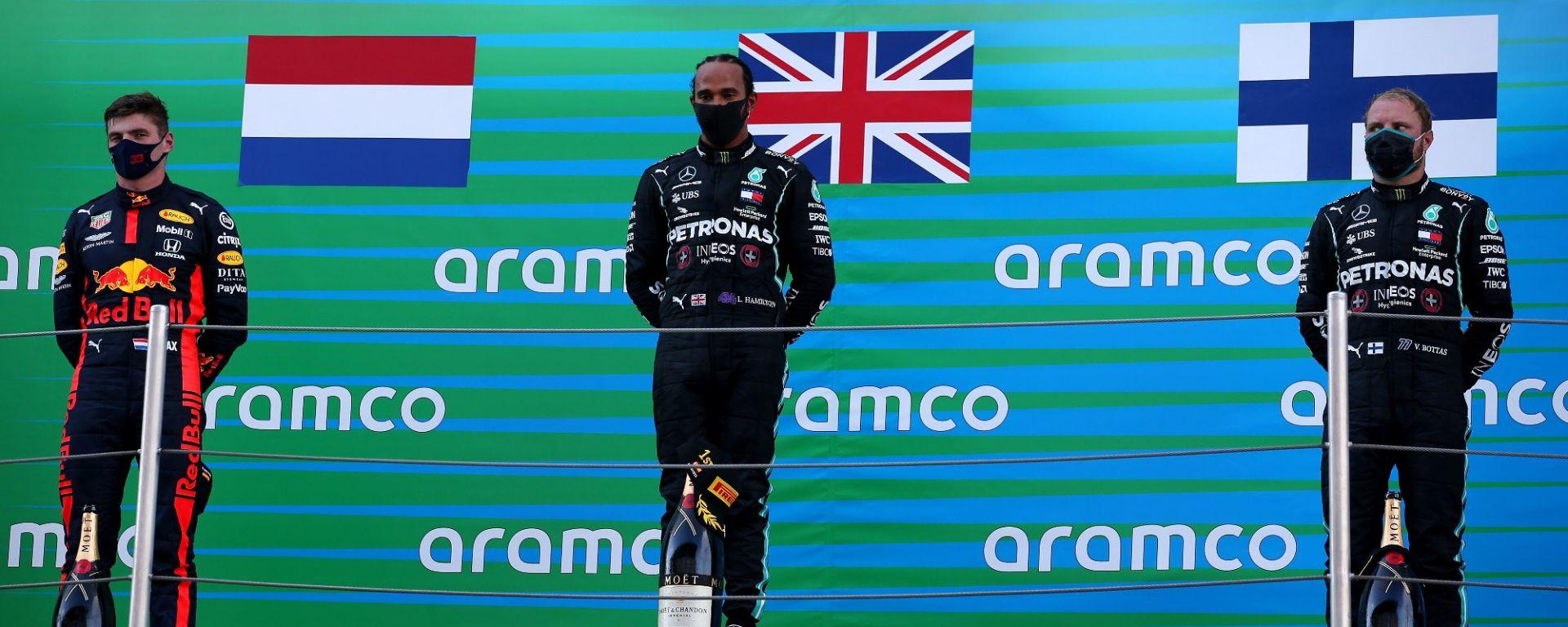 GP Spagna 2020, Barcellona: Hamilton, Bottas (Mercedes) e Verstappen (Red Bull) sul podio