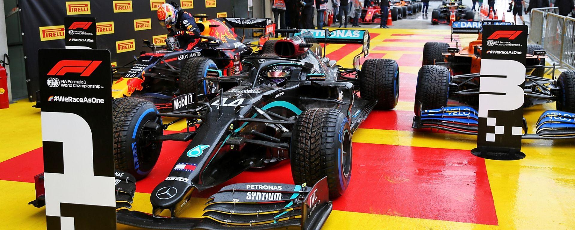 GP Stiria 2020, Spielberg: i primi tre in qualifica: Hamilton (Mercedes), Verstappen (Red Bull) e Sainz (McLaren)