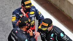 GP Stiria 2020, Spielberg: Lewis Hamilton, Valtteri Bottas (Mercedes) e Max Verstappen (Red Bull)
