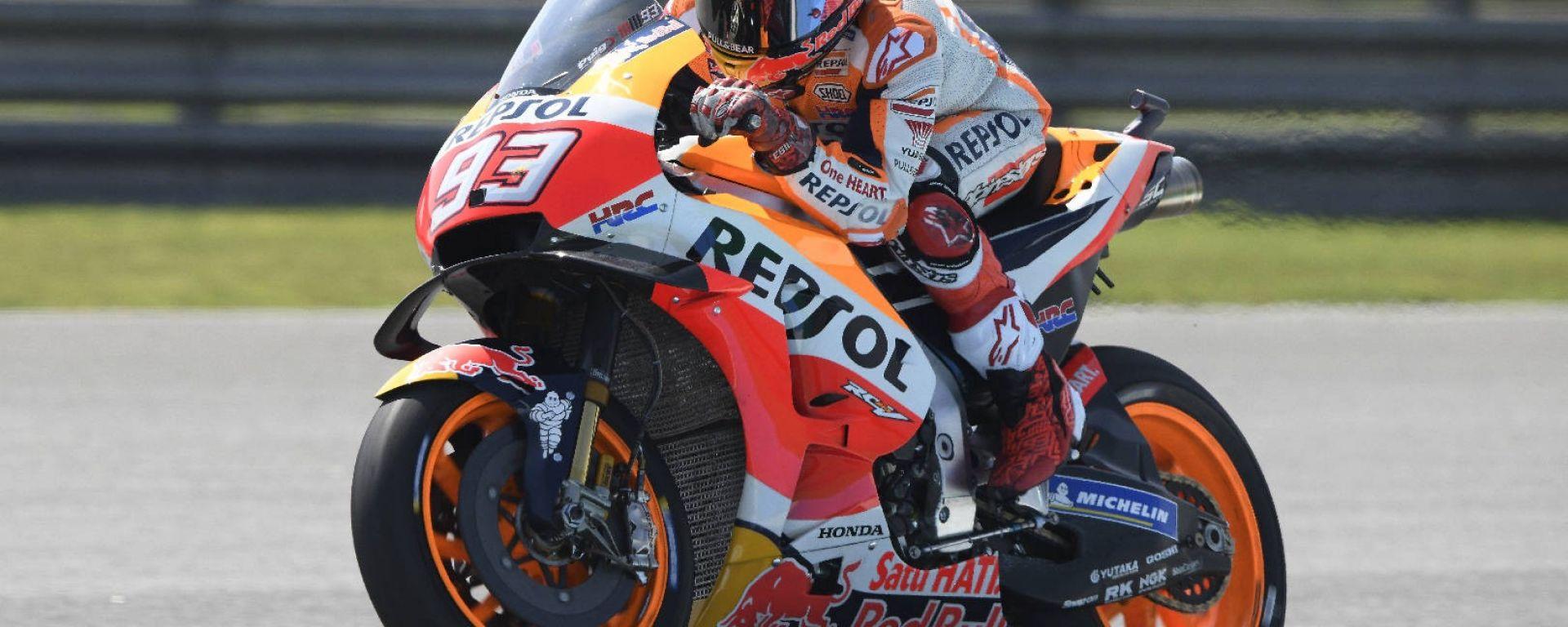 GP Thailandia, Buriram. Marquez in pole davanti a Rossi