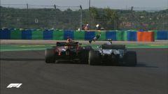 GP Ungheria 2018, Bottas e Ricciardo a contatto nelle ultime fasi di gara