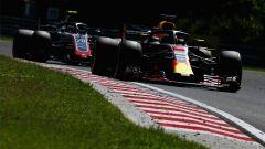 GP Ungheria 2018, Daniel Ricciardo in azione con la sua Red Bull