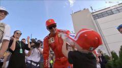 GP Ungheria 2018, Kimi Raikkonen viene festeggiato dal figlio Robin dopo la gara