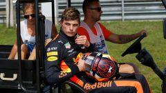 GP Ungheria 2018, Max Verstappen riportato ai box dai commissari di pista