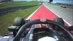 GP USA 2018, Austin, Daniel Ricciardo parcheggia la sua Red Bull a bordo pista