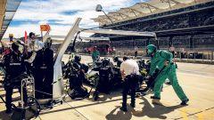GP USA 2018, Austin, Lewis Hamilton durante il pitstop anticipato con la sua Mercedes