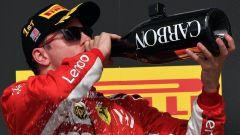 GP USA 2018, Kimi Raikkonen festeggia la vittoria sul podio di Austin