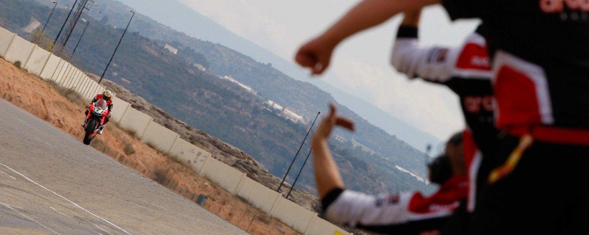 Superbike 2017 round 3 Gran Premio d'Aragona Spagna: prove libere, qualifiche, Gara 1 e Gara 2