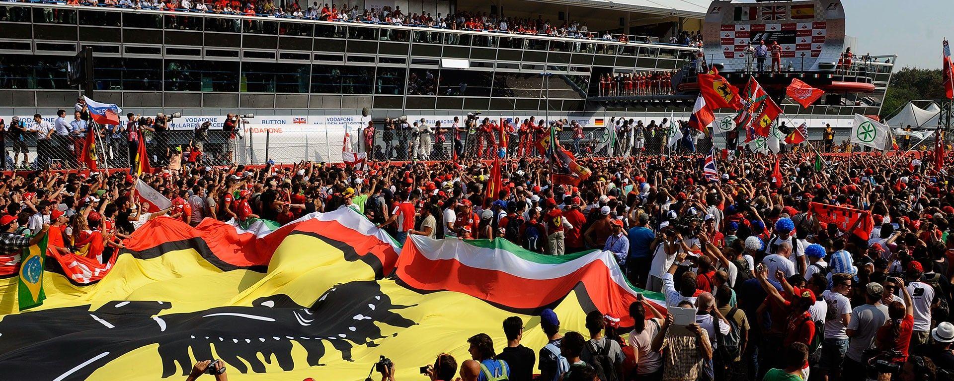 Gran Premio di Monza - Formula Uno. Il podio tinto di rosso Ferrari