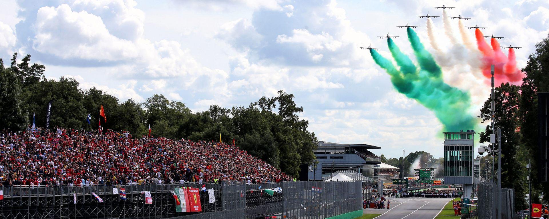 Gran Premio d'Italia 2019, le frecce tricolori in volo su Monza