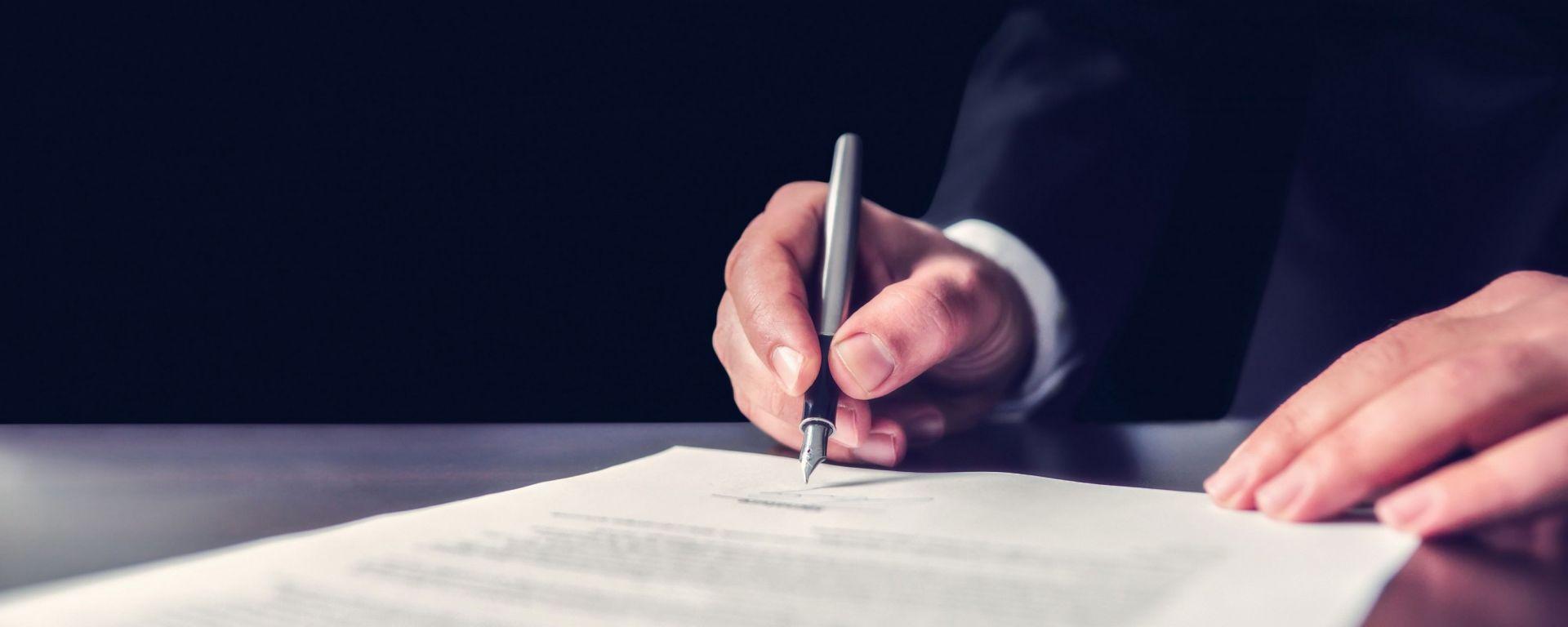 Gruppo PSA: l'UE firma l'ok per l'acquisizione di Opel