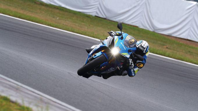 GSX-R Racing Academy 2021: i corsi di guida in pista con le Suzuki GSX-R