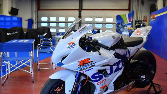 GSX-R Racing Academy 2021: prende il via la serie di corsi di guida in pista Suzuki