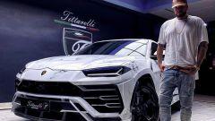 La Lamborghini Urus di Gué Pequeno sembra di marmo