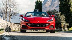 Guida a cielo aperto sulla Ferrari Portofino M