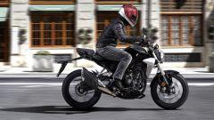 Guida all'acquisto moto 125: Honda CB 125 R