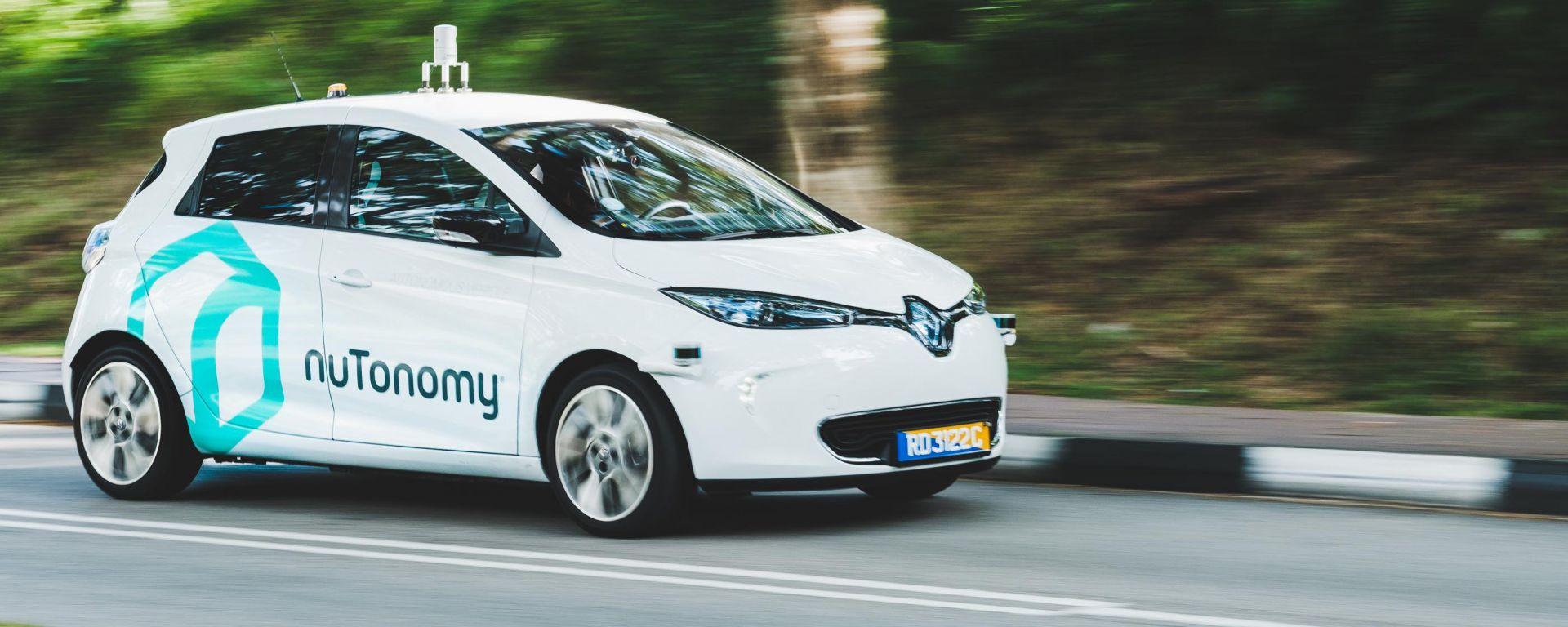 Guida autonoma: a Singapore i primi esperimenti con taxi su strade aperte al pubblico