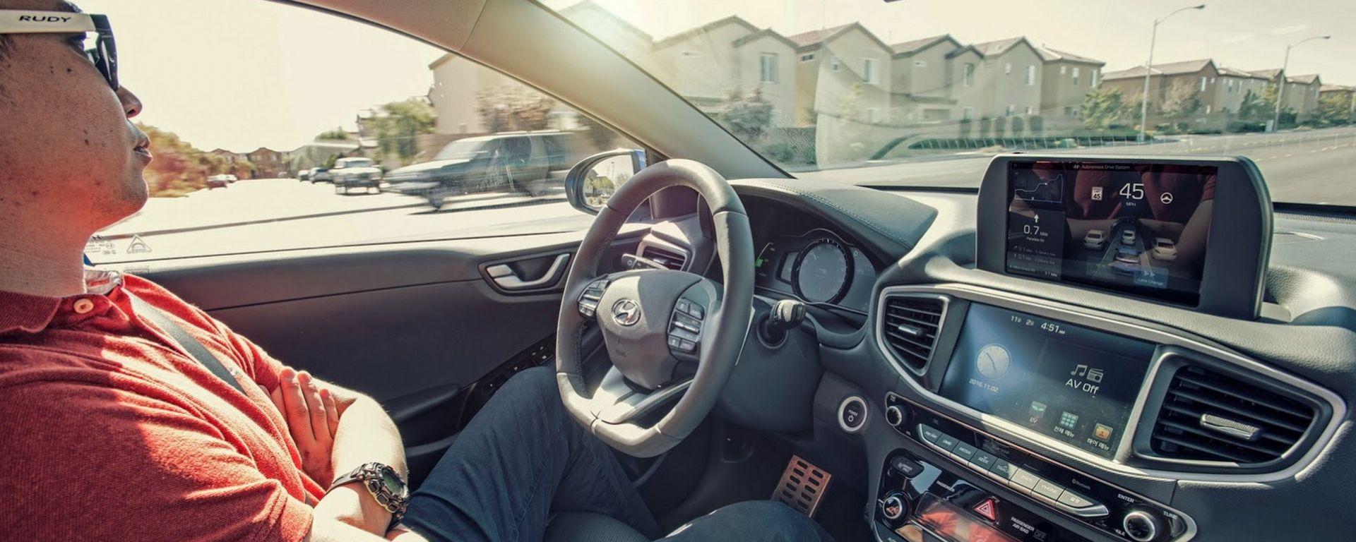 Guida autonoma: cosa ne pensano gli automobilisti?
