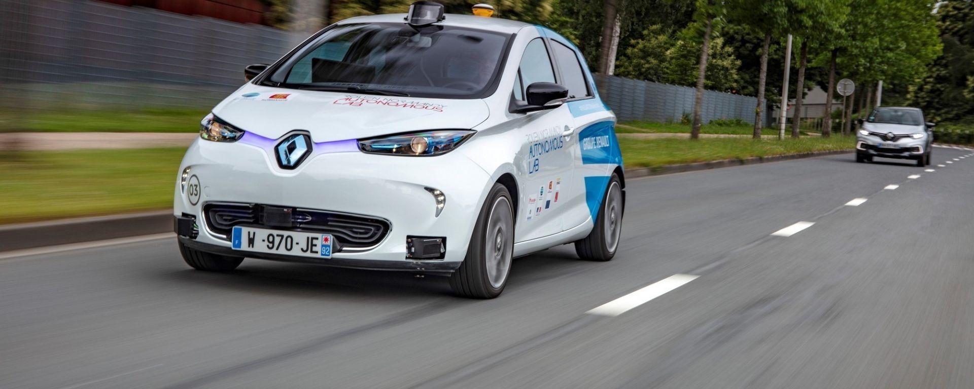 Renault, in Normandia il car sharing è autonomo. Il progetto