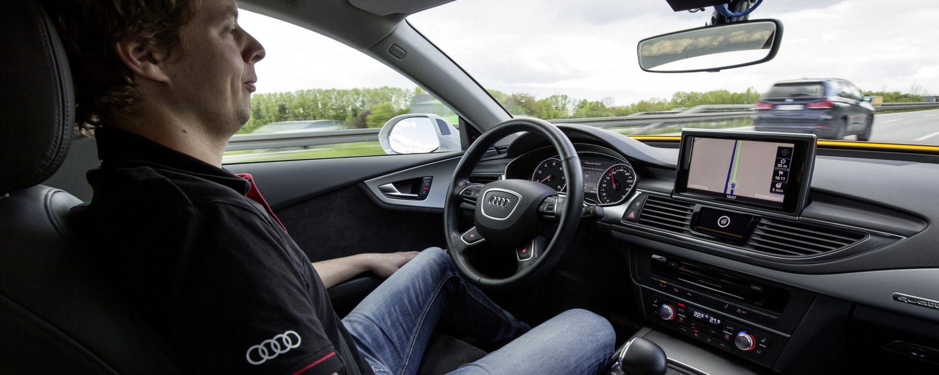 Guida autonoma: la Germania vuole la scatola nera