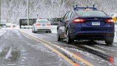 Guida autonoma, con pioggia, neve e ghiaccio sensori fuori uso